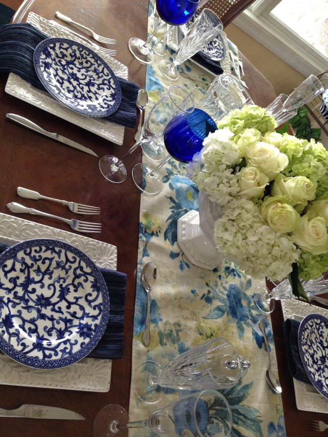 TNPLH: Blue and White Table Setting