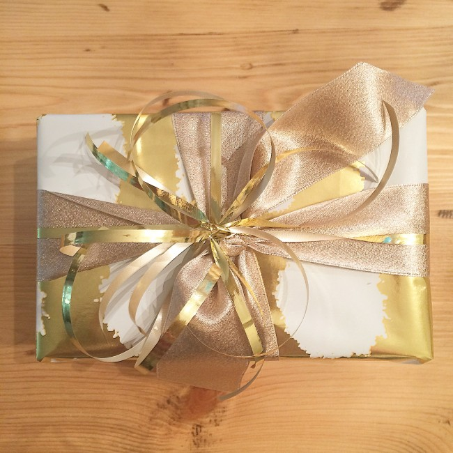 TNPLH: Gift Wrapping, Presents