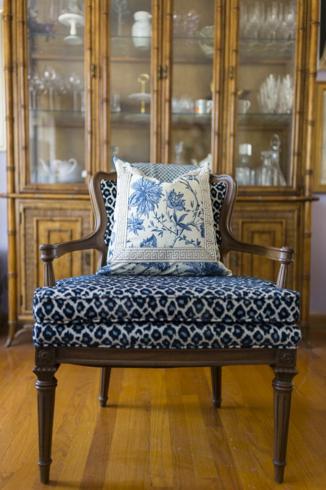 TNPLH: Custom Pillows Navy Florals